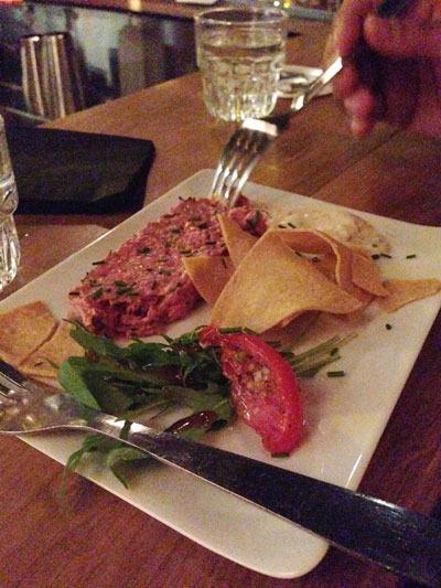 paris-little-red-door-tartare-totopos